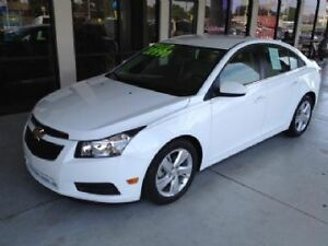 2014 CRUZE IN EXCELLENT CONDITION!! BUY IT OR LEASE IT!!