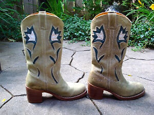 Frye Boots womens 7 western authentic