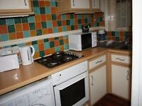 4 BEDROOM FLAT FOR RENT **CLAPHAM COMMON** (CAVENDISH PARADE)