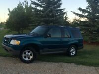 2001 Ford Explorer 2 door sport SUV, Crossover