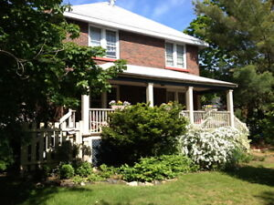 CHARMING 4 BEDROOM HOME FOR RENT IN PARRY SOUND