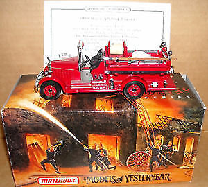 Matchbox Die Cast Fire Engine - 1935 Mack AB Fire Engine