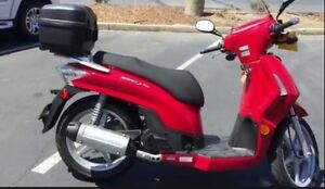 Kymco People 200 Scooter, 2008.