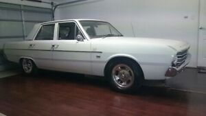 1970 VF Valiant sedan Oxenford Gold Coast North Preview