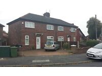 L21 Litherland Spacious Modern 3 Bedroom house in Litherland Large Drive Way Rear Garden New Kitchen