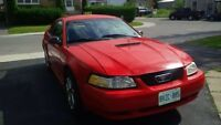 2002 Ford Mustang Coupe (2 door)$2000 as is
