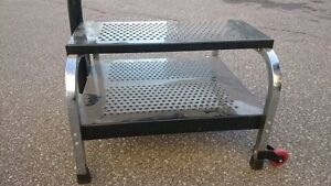 MECHANIC'S WORK TABLE - BRAND NEW, WHEELS, SWIVELING TRAY