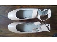 Urban Outfitters ballet pumps - Size 5