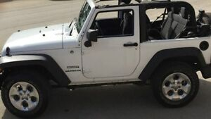 JEEP WRANGLER - NEED GONE THIS WEEKEND