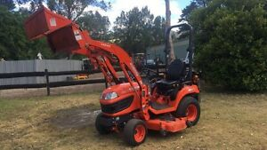 Kubota Tractor Mower deck  4x4 4 in1 bucket carryall Kangaroo Valley Shoalhaven Area Preview