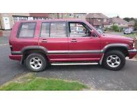 isuzu trooper {vauxhall monterey badged} 3.2 v6 auto
