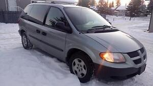 2004 DODGE CARAVAN ,AB ACTIVE, EXCELLENT FAMILY VAN !!!