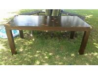FREE large solid table.Can be used inside or out.