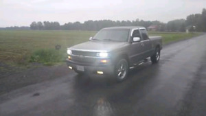 2001 Silverado 100000km low still new