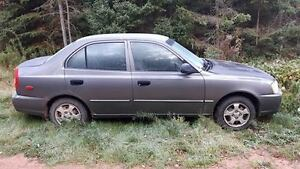 2000 Hyundai Accent Sedan