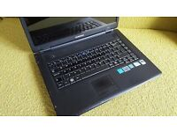 Samsung R509 laptop 500gb hard drive 3gb ram with webcam built-in