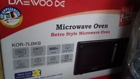 ***BRAND NEW EX-DISPLAY***DAEWOO RETRO STYLE MICROWAVE OVEN IN BLACK AND CHROME
