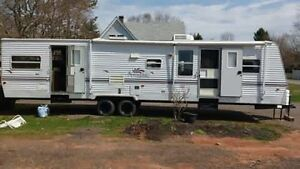 37.5 ft Springdale travel trailer