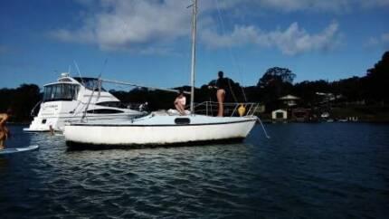 20FT Hood Sailing Boat