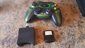 HIP GEAR WIRELESS XBOX CONTROLLER AND MEMORY CARD Edmonton Edmonton Area image 1