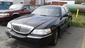 2001 Lincoln Sedan AND MORE