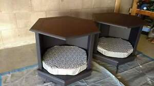 End table/dog or cat beds