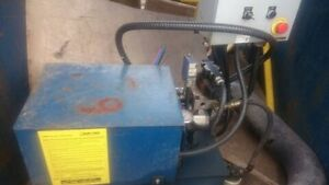 material compactor for waste bins London Ontario image 3