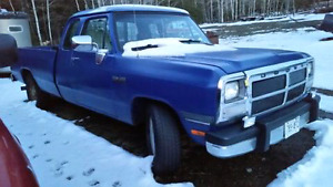 1993 Dodge 350 extended cab long box