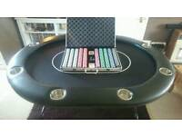 POKER TABLE WITH LARGE CHIP CASE