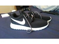 Nike running trainers/shoes womens size 5