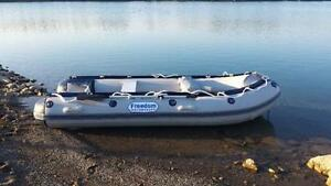 14FT Mississippi Rollaway Boat @ BRYAN'S ONLINE AUCTION