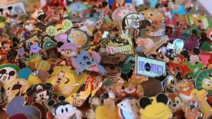 Going to Disney World / Land?  Get Some Pins To Trade!
