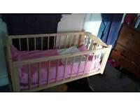 Swinging Baby crib brand new