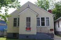3 bedroom House Near Whyte University Accepts Pets!