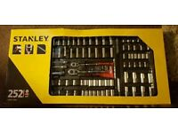 STANLEY STHT5-72645 252 PIECE MECHANICS TOOL KIT SOCKETS WRENCH
