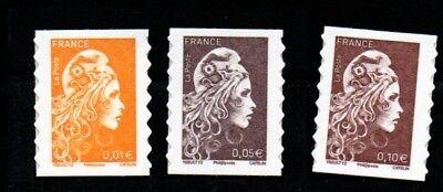 3 timbres marianne l'engagée adhésifs