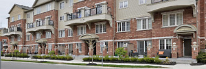 Move in READY in Desirable Oakville uptown location 2bedrooms