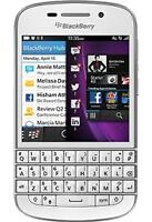 THE CELL SHOP has a White Blackberry Q10 with Rogers/Fido/Chatr