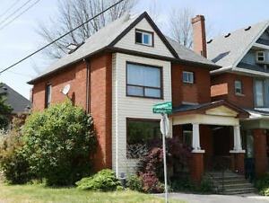 Newly Renovated 4 bedroom plus loft HOME for Rent