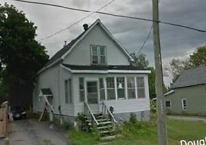 Excellent Income Potential or Great Mortgage Helper Duplex!