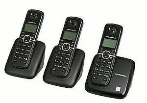 Motorola Dect 6 Cordless Home Phone with 3 handsets, Model L603M
