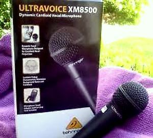 Behringer XM8500 Dynamic Vocal Microphone LIKE NEW
