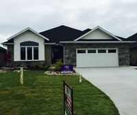 5 bed 3 bath New Home in a Fantastic Family Neighbourhood