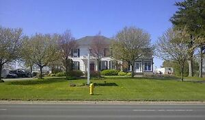 COMMERCIAL OFFICE SPACE FOR LEASE - Prime Picton location