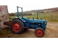 Ford dexta tractor 1939 blue top condition