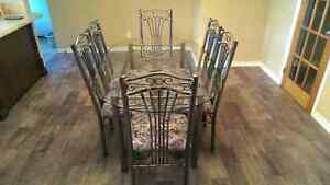 Discounted - Glass dining room table with 6 chairs Kitchener / Waterloo Kitchener Area image 4
