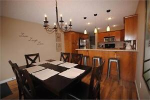Fully furnished Sherwood Park house for rent! 4 bdrms, garage!