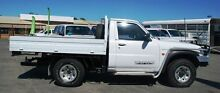 2005 Nissan Patrol GU II ST White 5 Speed Manual Cab Chassis Bellevue Swan Area Preview