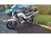SYM XS 125cc in silver