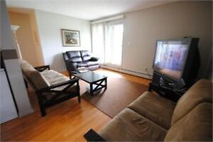 Renovated spacious 2 bedroom, South West, Pool, Fitness Center!!